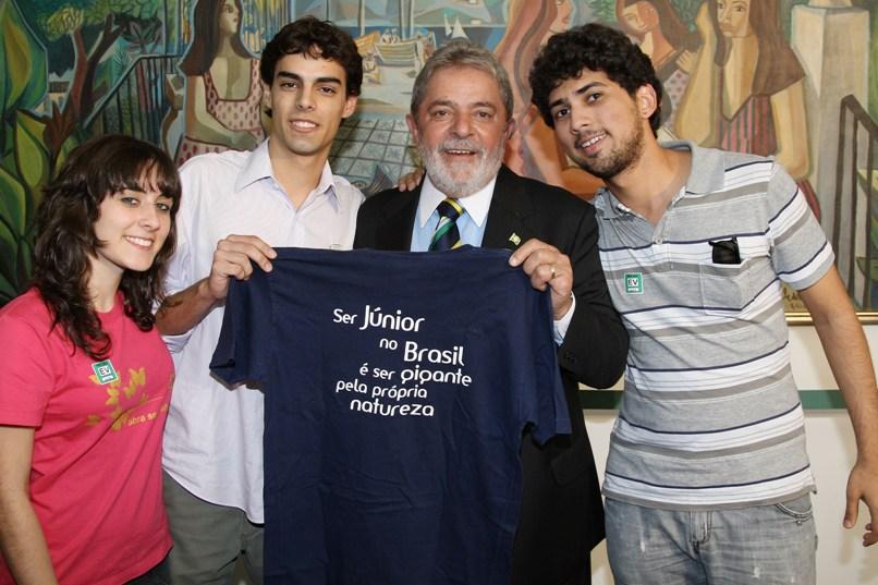 Ex-Presidente Lula apoiando a iniciativa das Empresas Juniores: