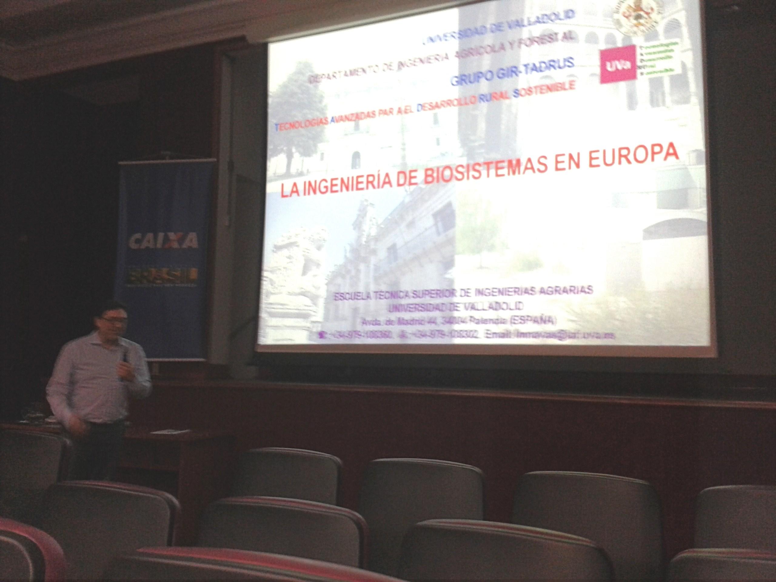 Palestra do professor Luiz Manoel Navas, da Espanha. Foto: divulgação.