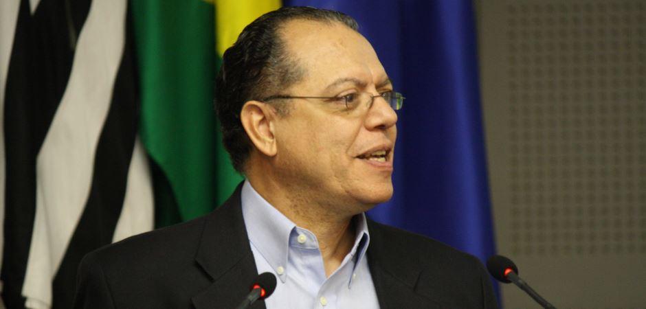 Ex-presidente do CNPq defende aliança entre ciência básica e inovação