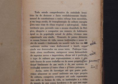 Sergio Buarque de Holanda fez diversas modificações no texto de Raízes do Brasil entre uma edição e outra (Divulgação)